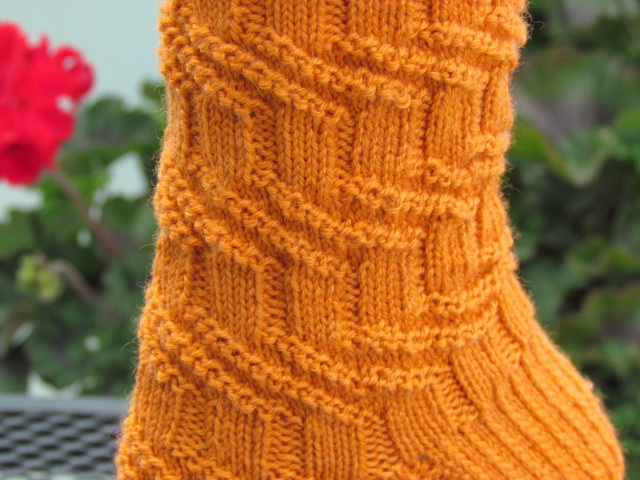 the knitting buzz: Designs