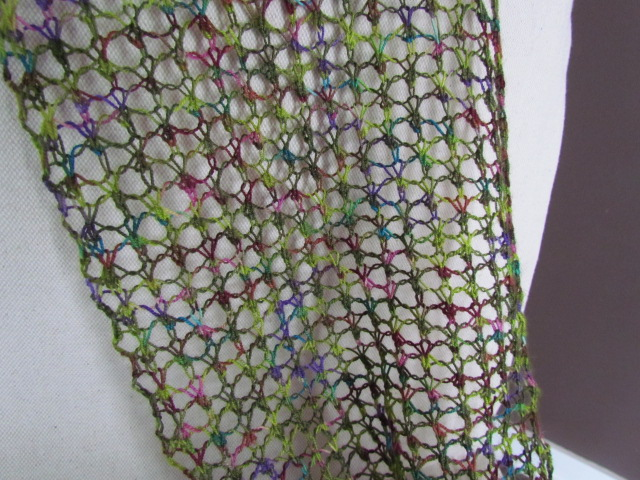 the knitting buzz: Lace Knitting