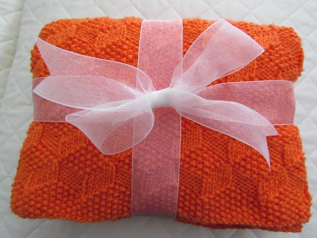 Building blocks baby blanket orange 001