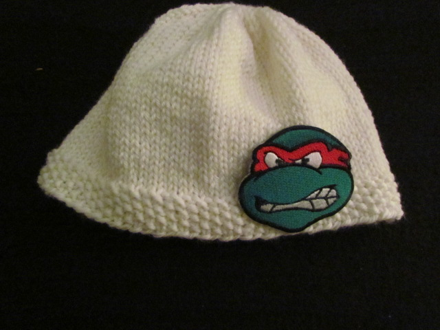 Easy peasy baby hat 012