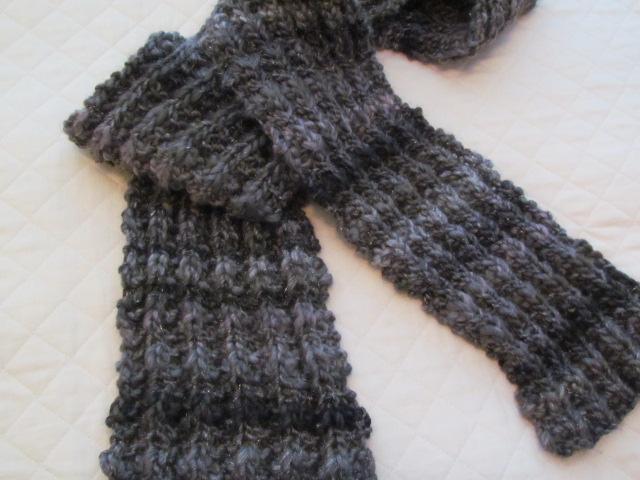 Best Friend Super Bulky Scarf Free Pattern The Knitting Buzz