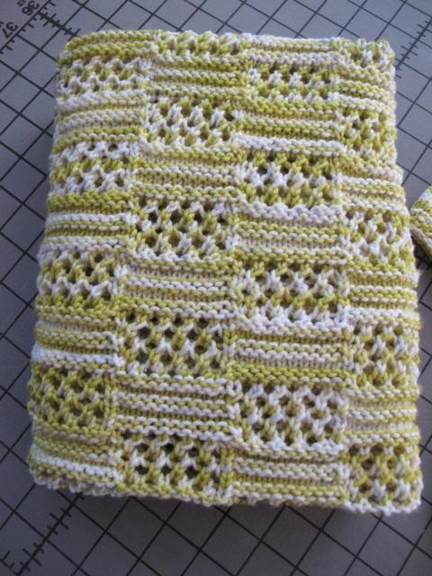 Kaylas peekaboo folded blanket