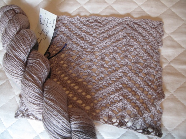 Serin Lace Swatch