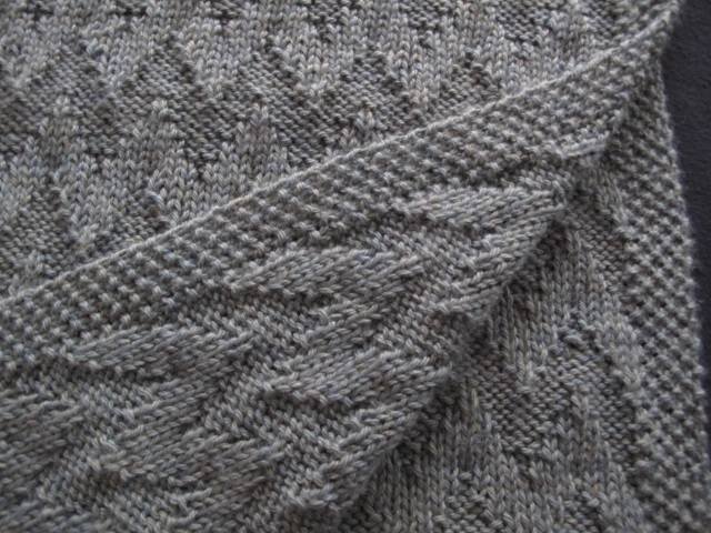 New Reversible Baby Blanket Pattern The Knitting Buzz